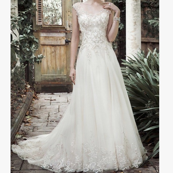 Maggie Sottero Barbie Wedding Dress Size 10